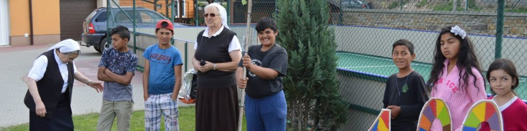 Oslava 100 ročnice v Lomničke v objatí Božského Srdca Ježišovho
